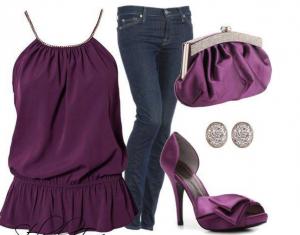 opcion jeans2 300x235 10 Outfits que no deben faltar en tu armario