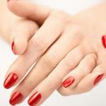 Llevemos las uñas navideñas con las mejores tendencias.